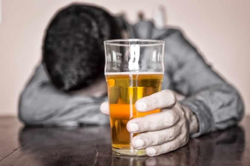 Пивной алкоголизм нас поджидает опасность?